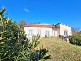Istra,Umag-Samostojeća kuća sa okućnicom puna potencijala